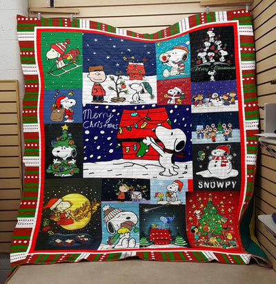 MERRY CHRISTMAS SNOOPY FABRIC QUILT