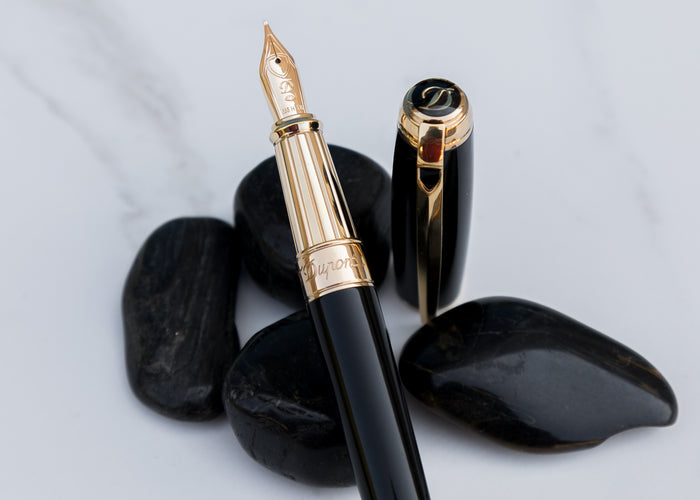S.T. Dupont Line D Large Fountain Pen - Black & Gold