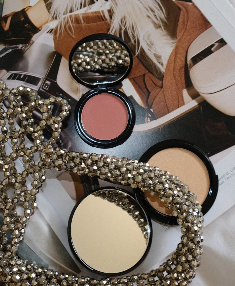 Cosmos certified highlighter and powder products