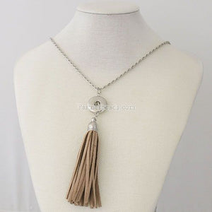 2018 New Style Vintage Metal Alloy Long Chain Tassel Necklace Silver Plated Pendant