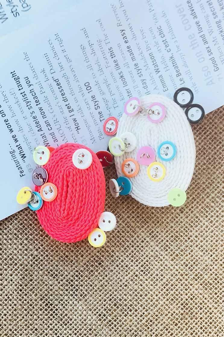 BUTTON EARRINGS (4655753199705)