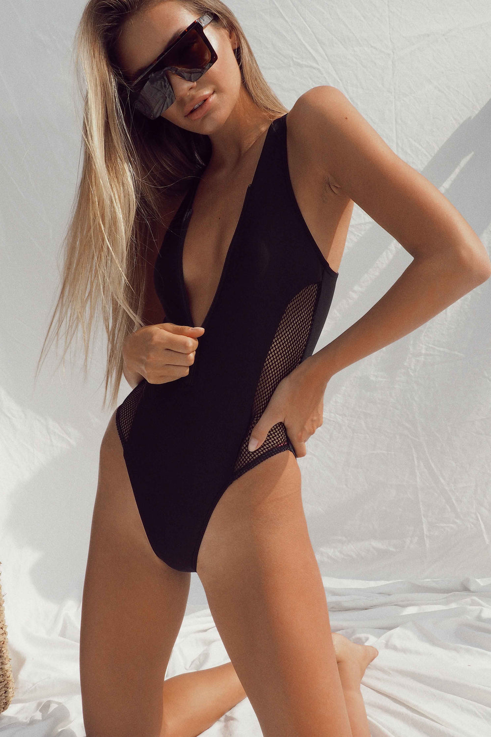 DARA SWIMSUIT - Chic Le Frique