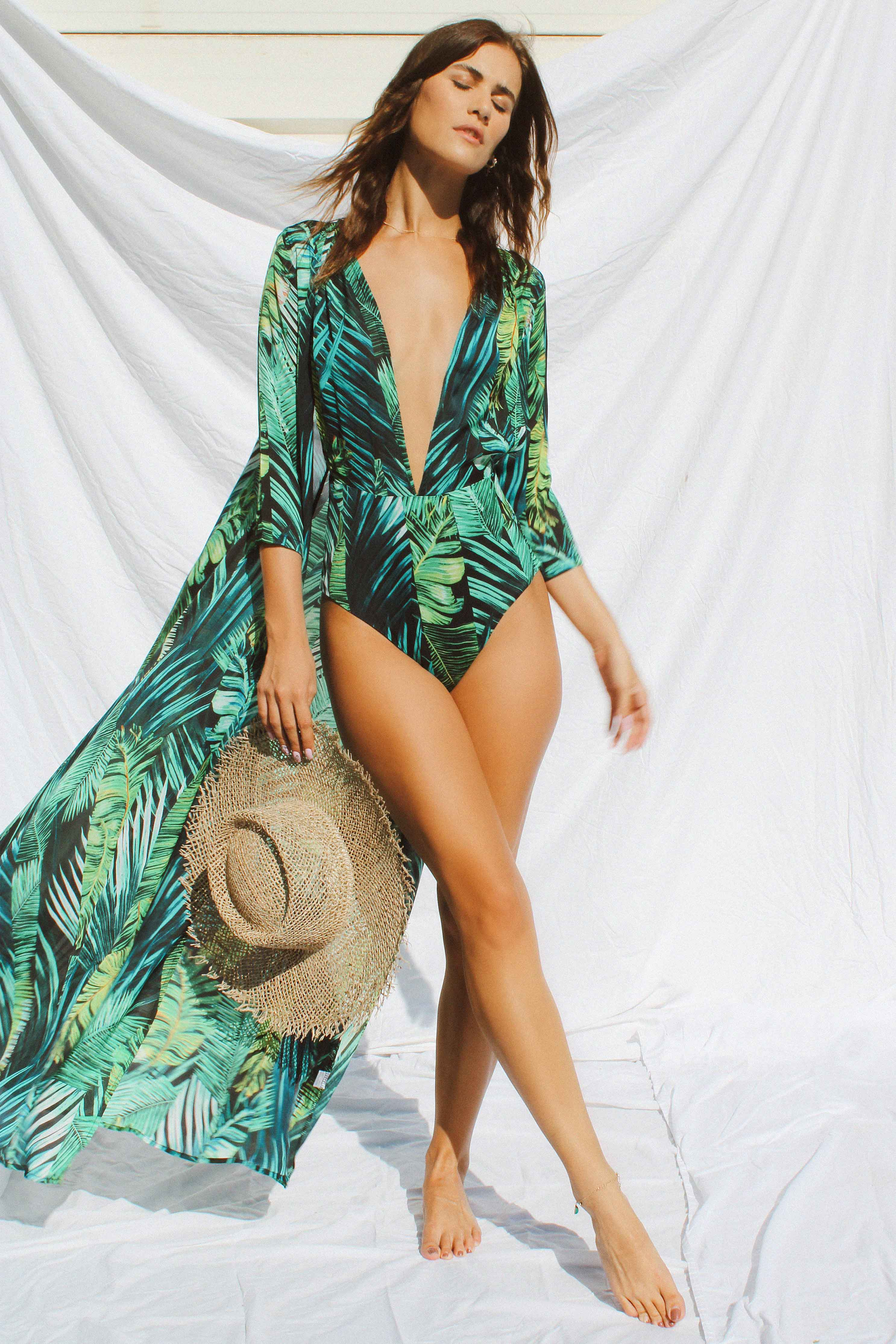 SOFIA BEACH DRESS - Chic Le Frique
