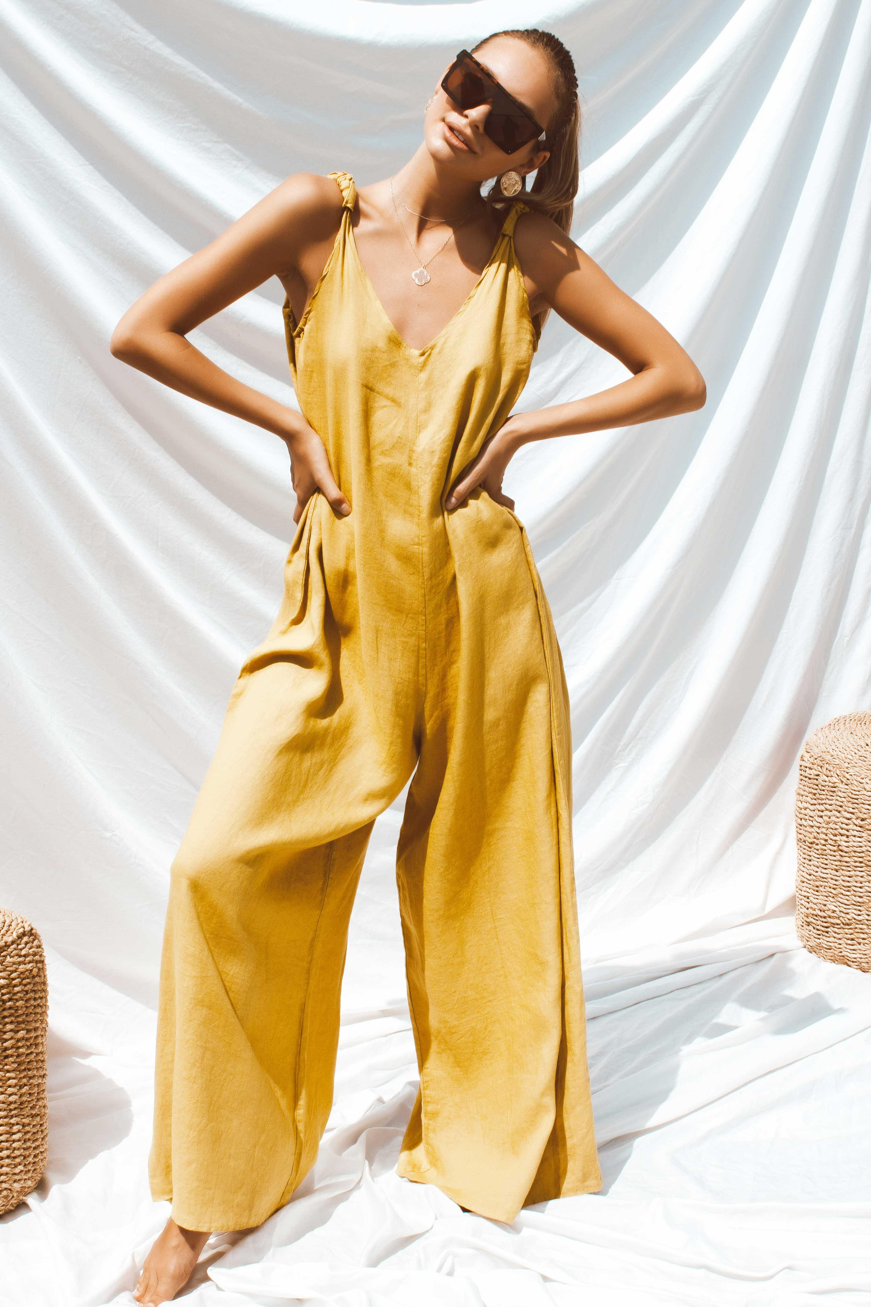 APOLLO JUMPSUIT IN YELLOW - Chic Le Frique