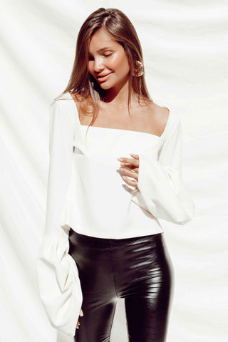BEATRIZ TOP IN WHITE