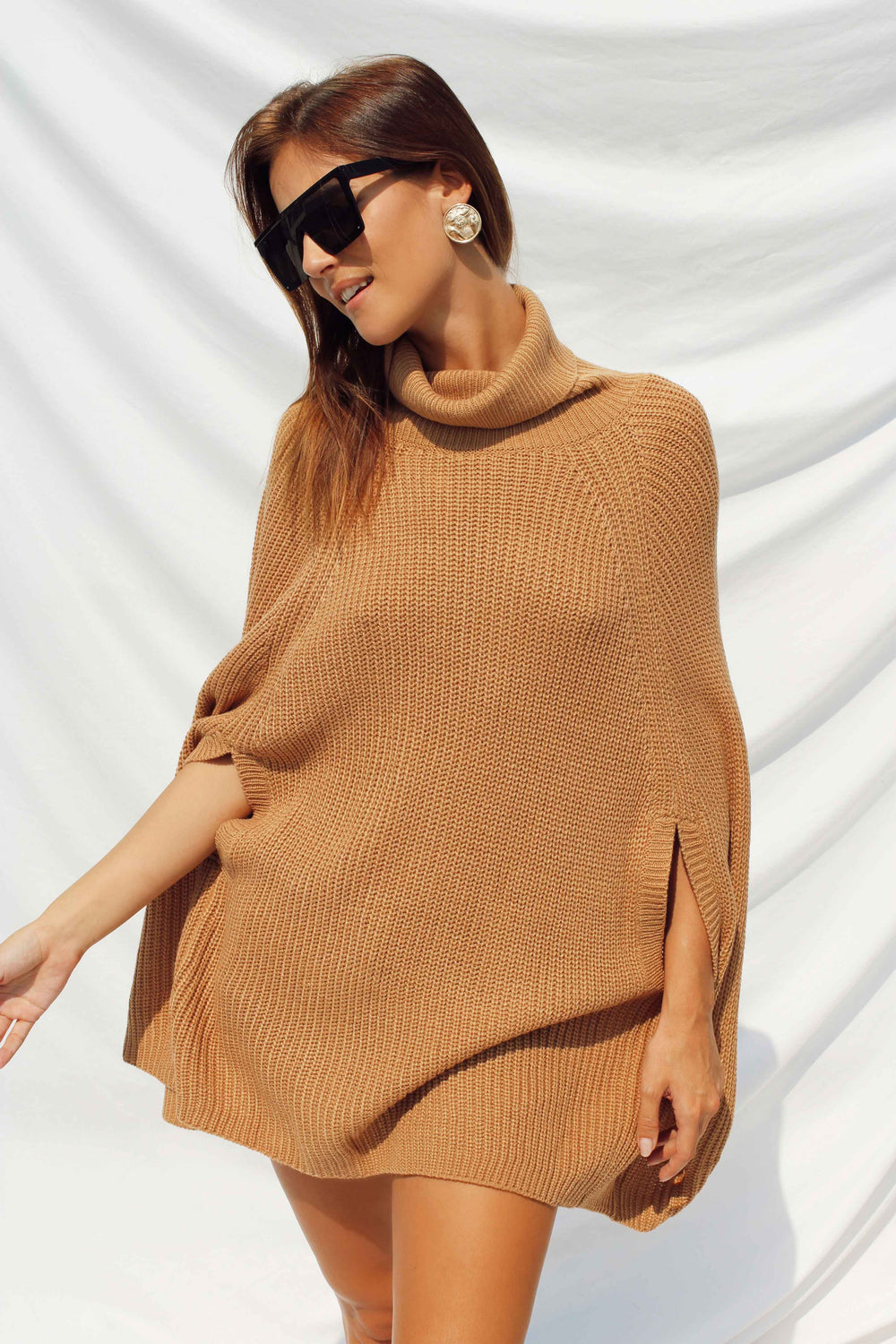 FERNANDA CAPE IN TAN - Chic Le Frique