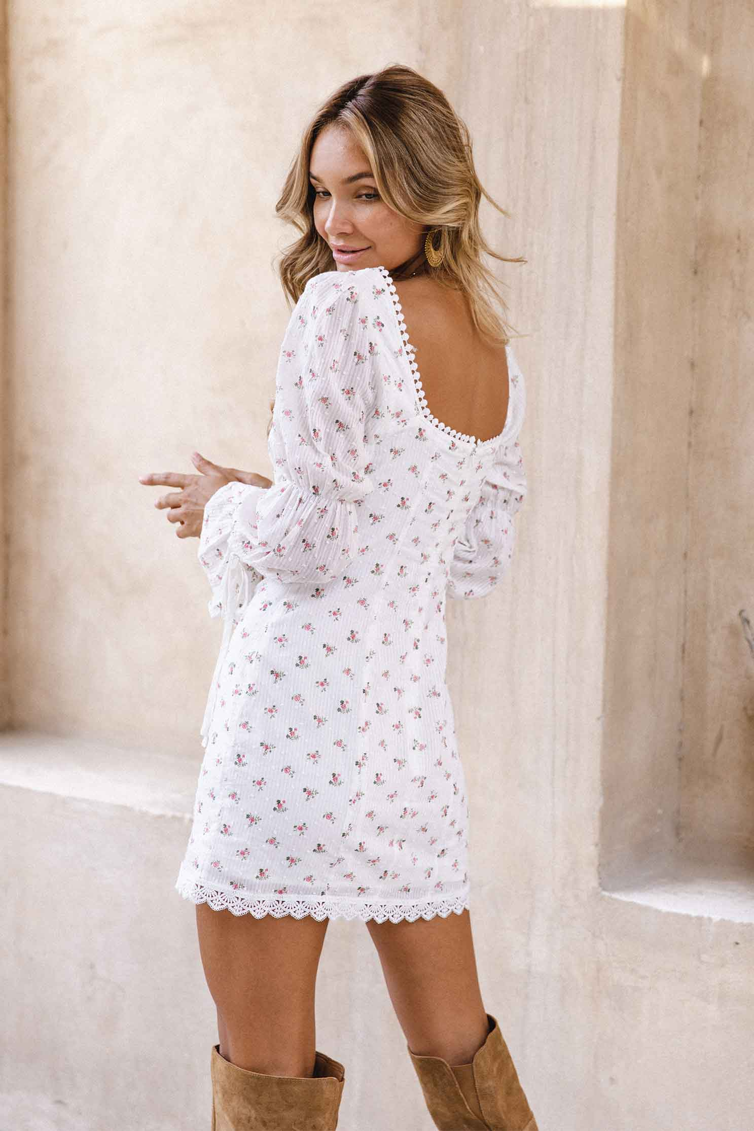 YENNIFER MINI DRESS - WHITE FLORAL (6073358024882)