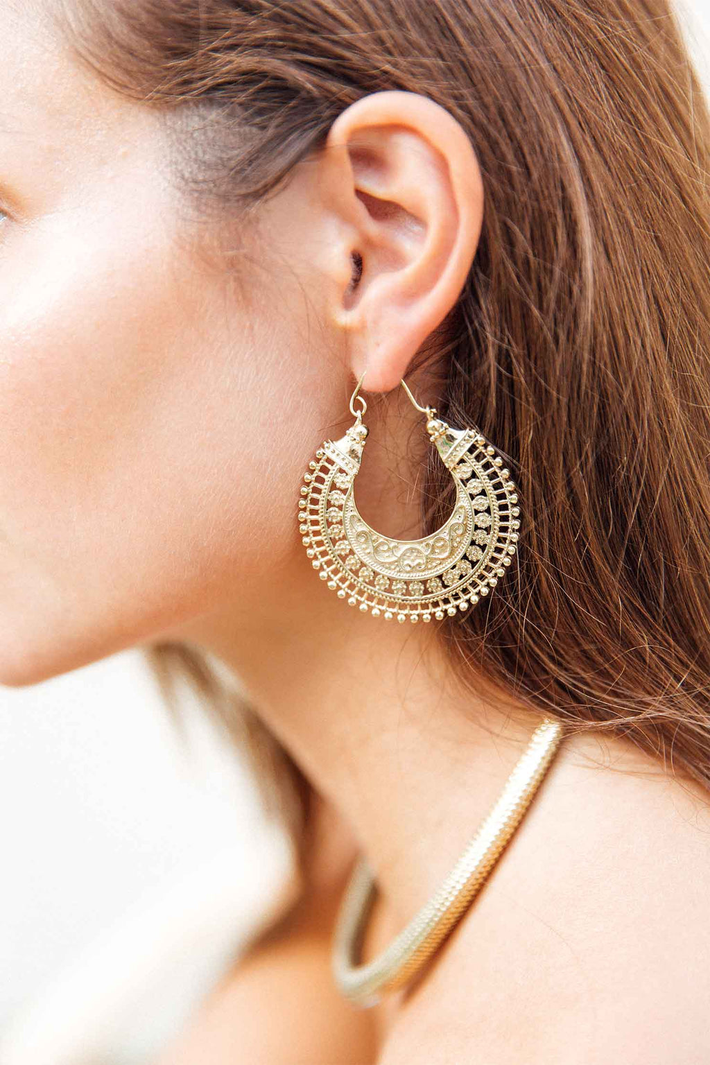 EARRINGS 1 (4723627524185)