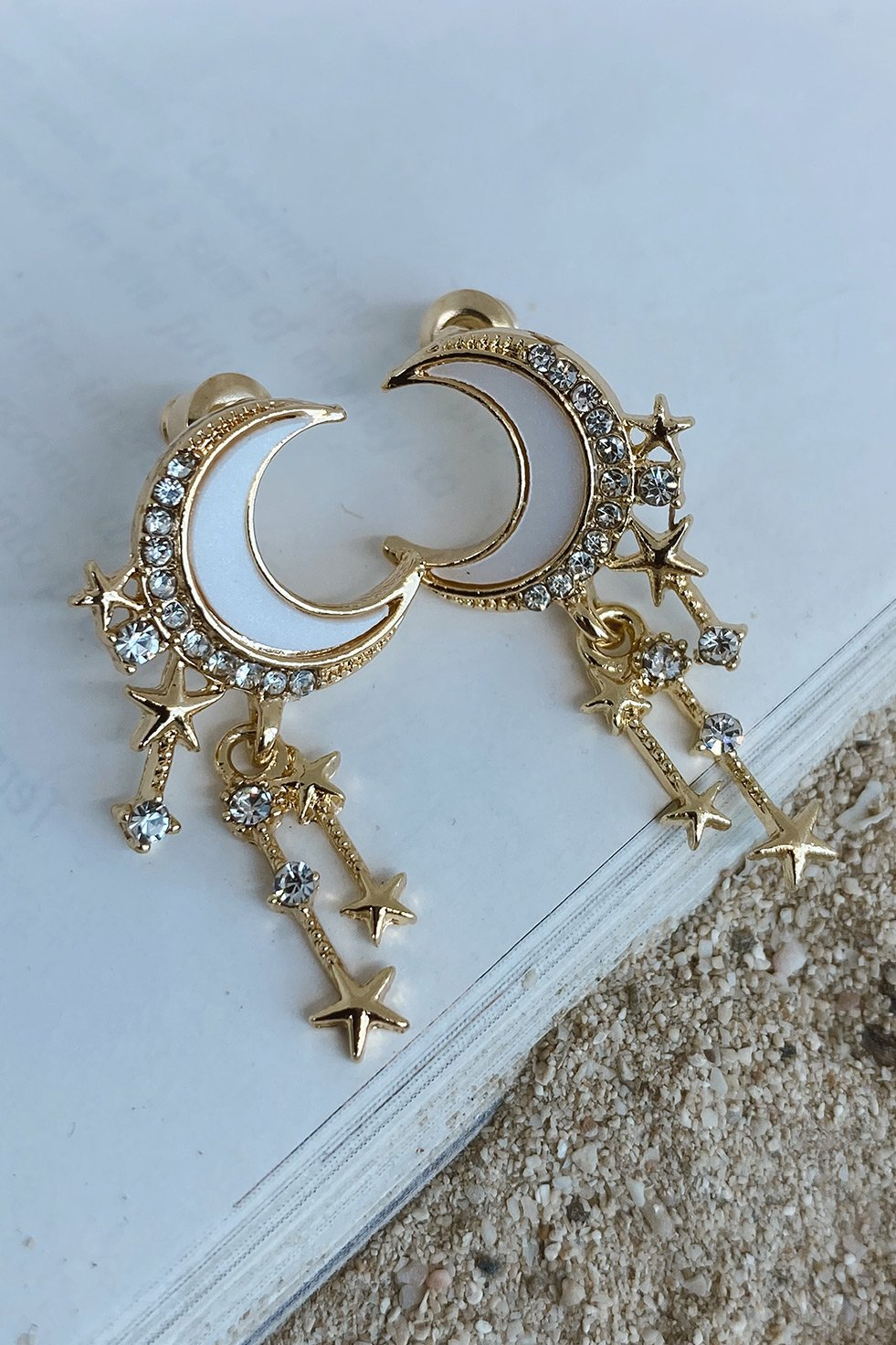 EARRINGS 8 (6635600937138)
