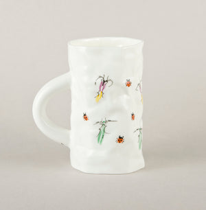 "Beetle 4.3. Crumpled ""Kiss"" Mug"