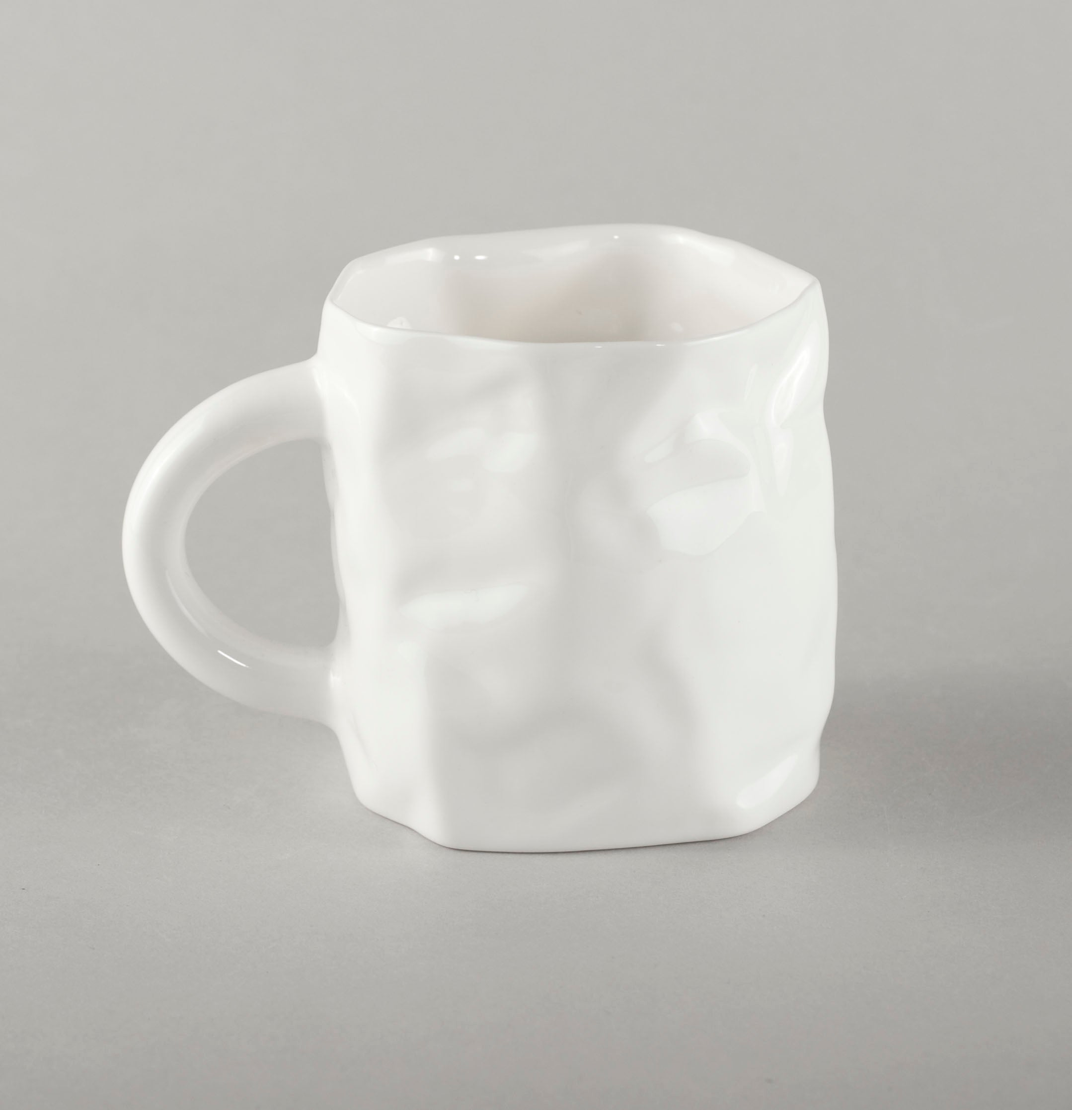 Porcelain Crumpled Coffee Mug