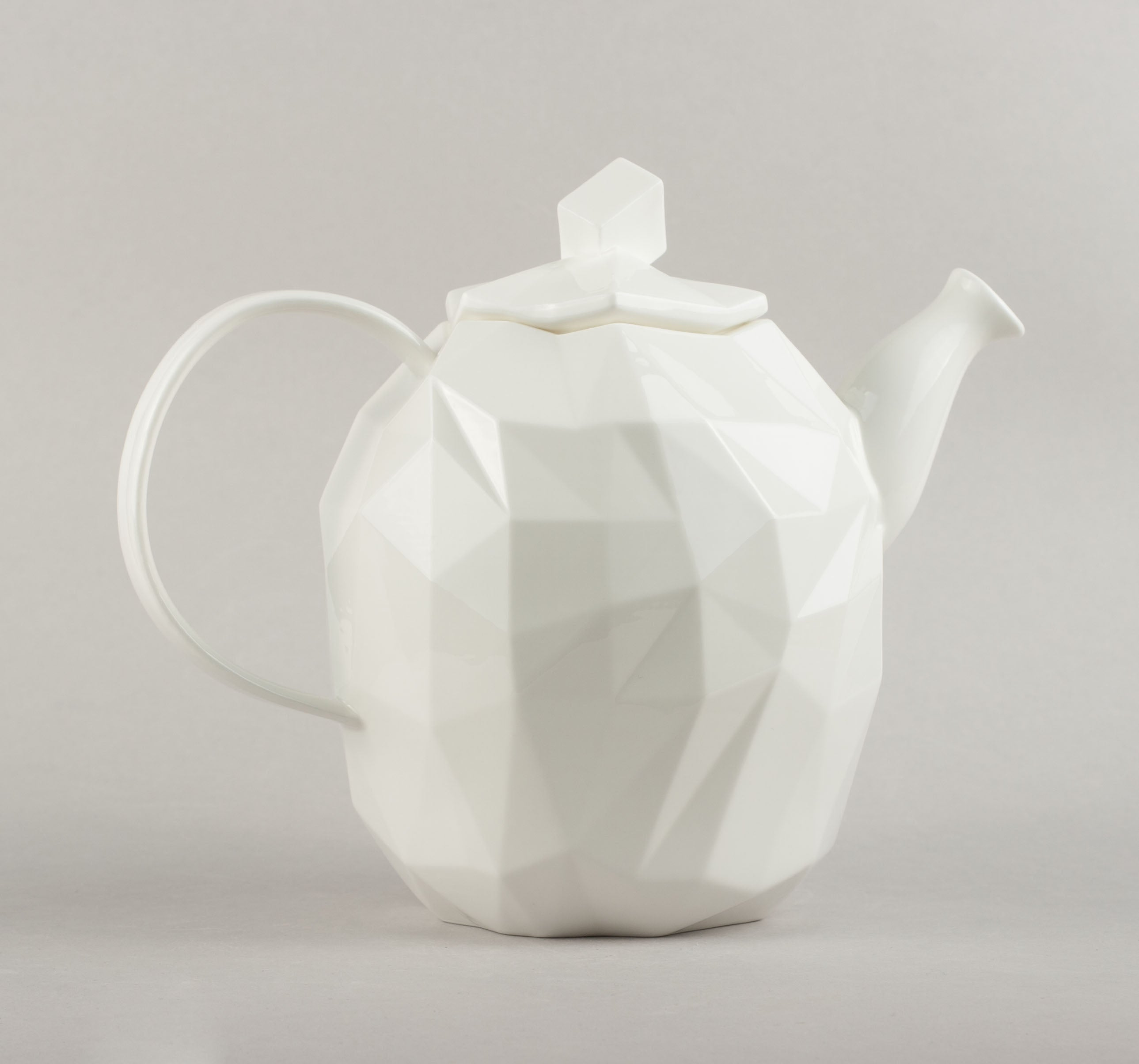 Porcelain Diamond Kettle L