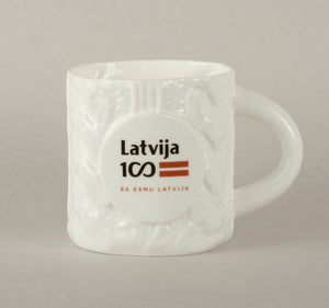 LV100. Knitted Tea Mug 2