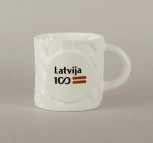 LV100. Knitted Coffee Mug 1