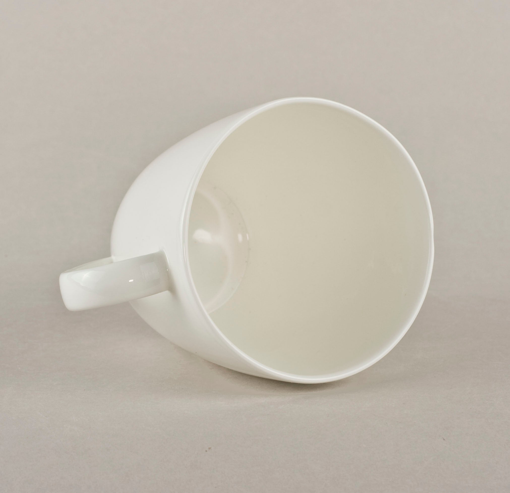 Porcelain Smooth Mug