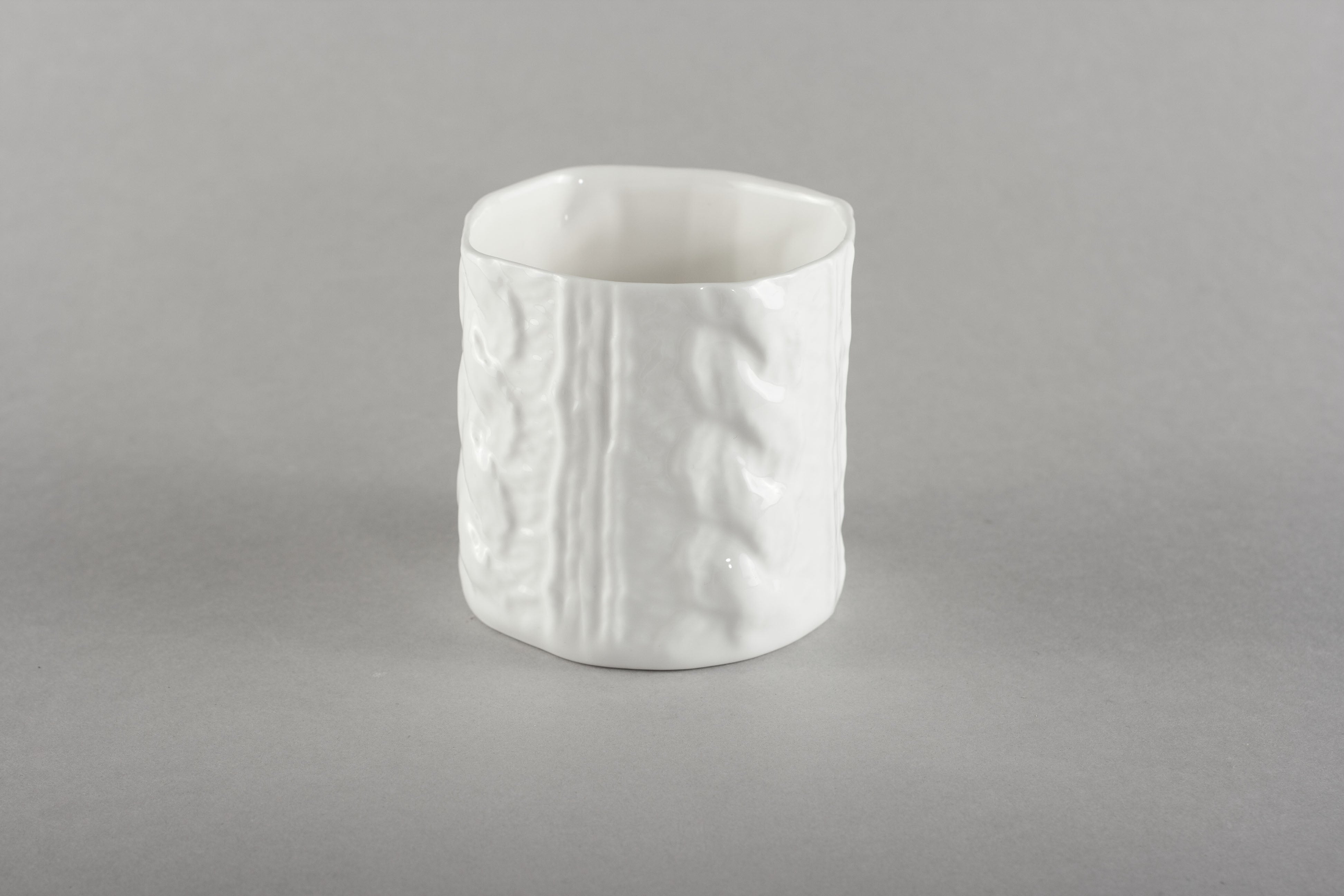 Porcelain Knitted Cup
