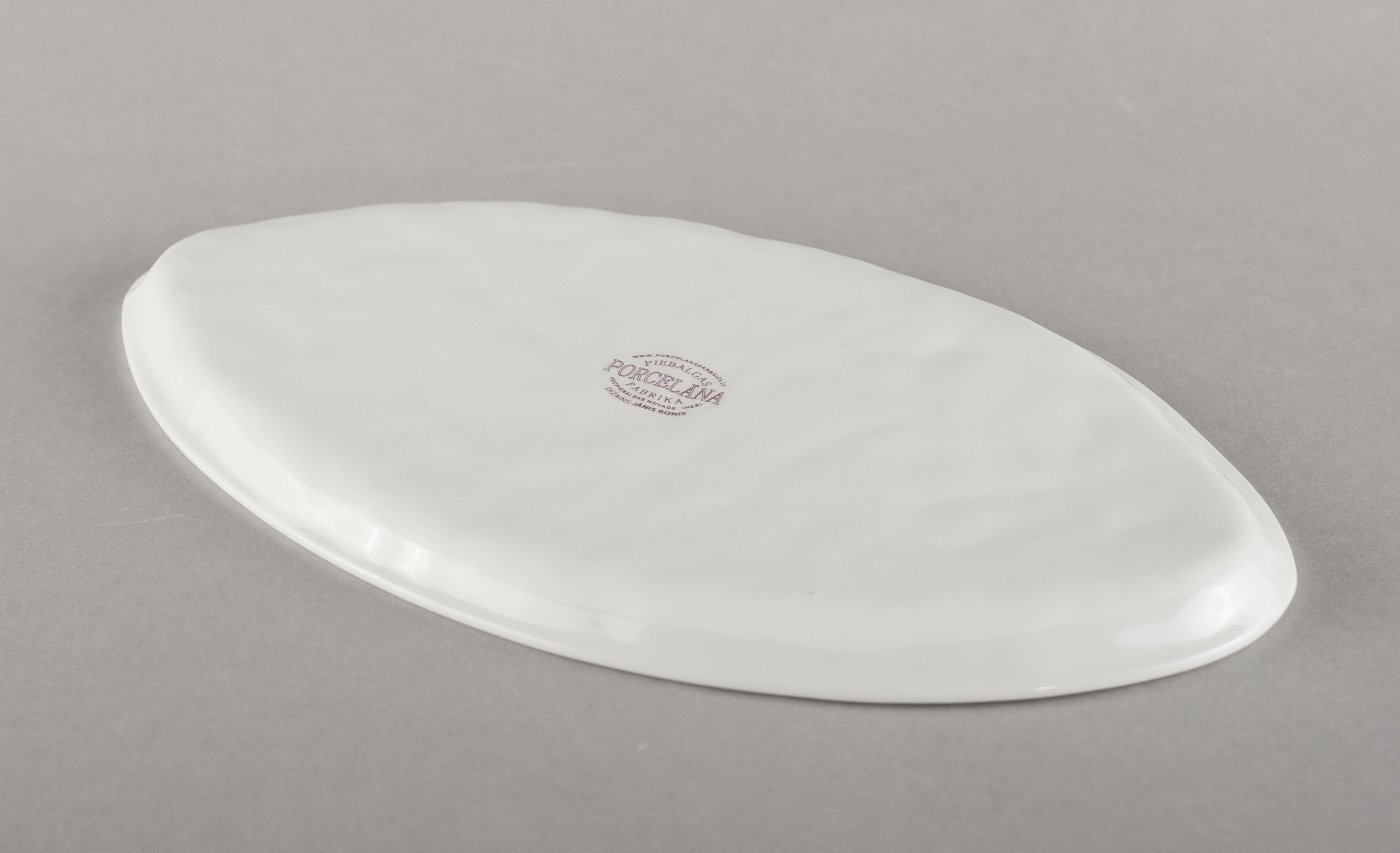 Porcelain Crumpled Co Plate