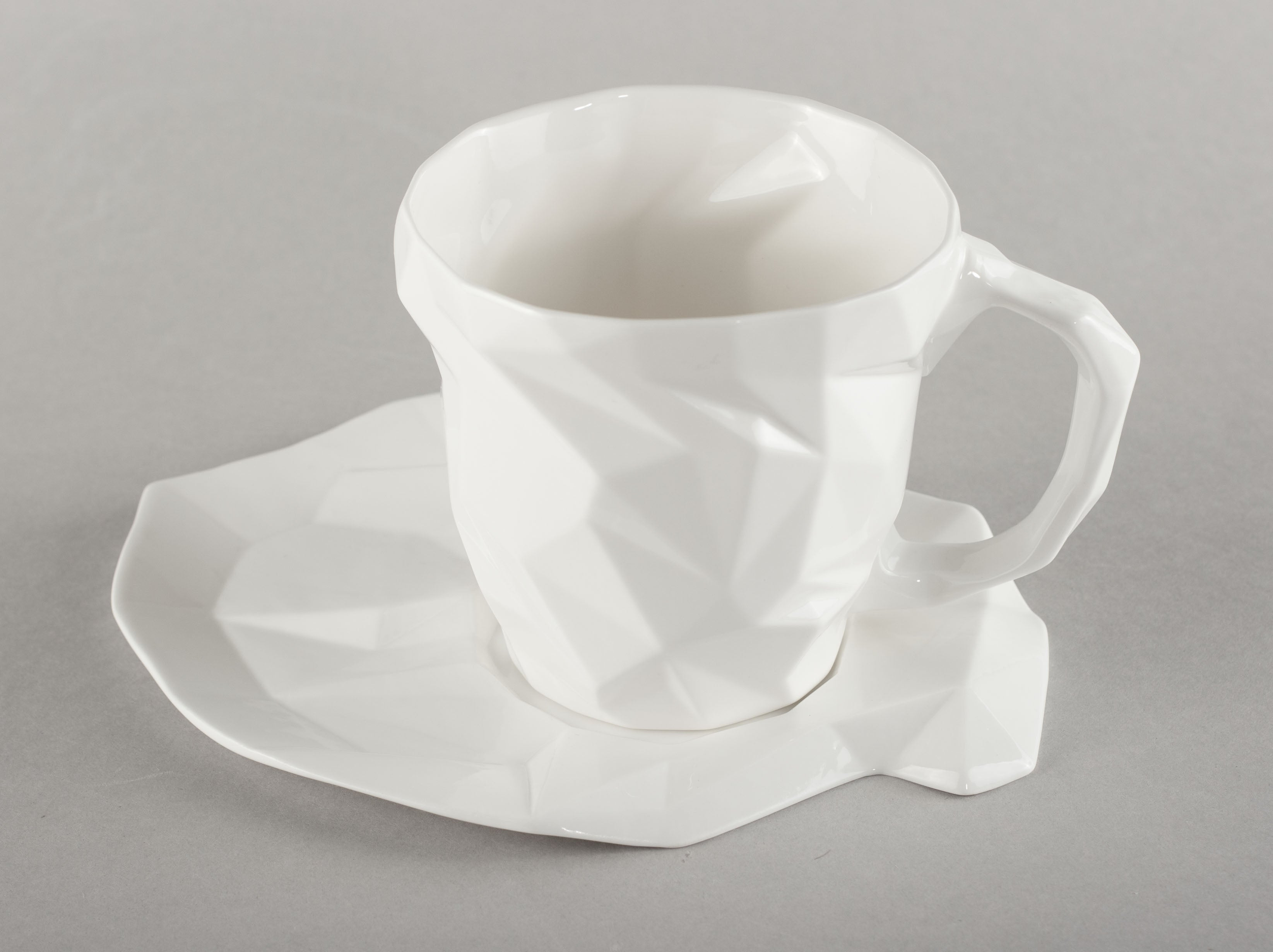 Porcelain Diamond L Base (mug not included)