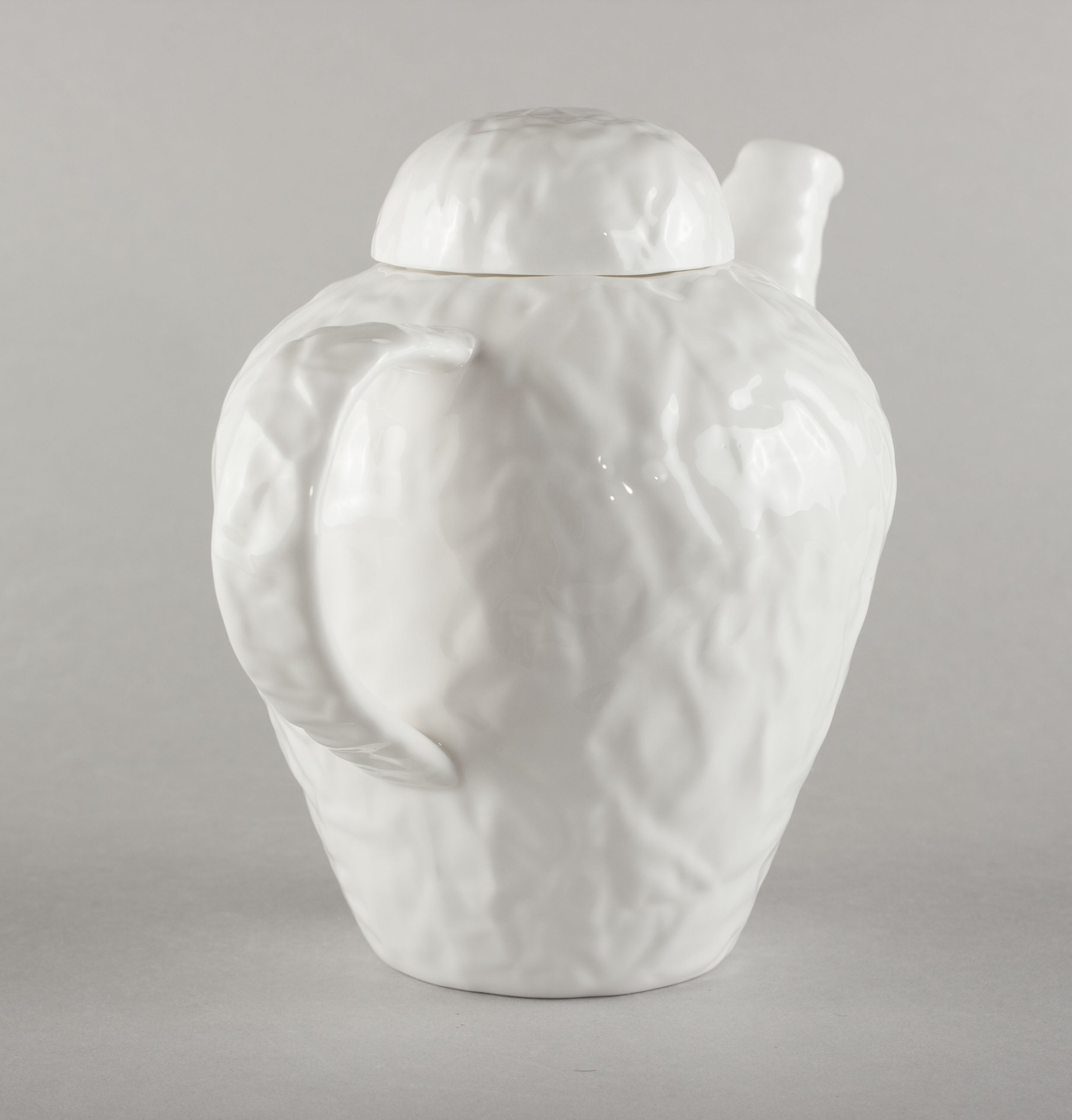 Porcelain Crumpled Kettle