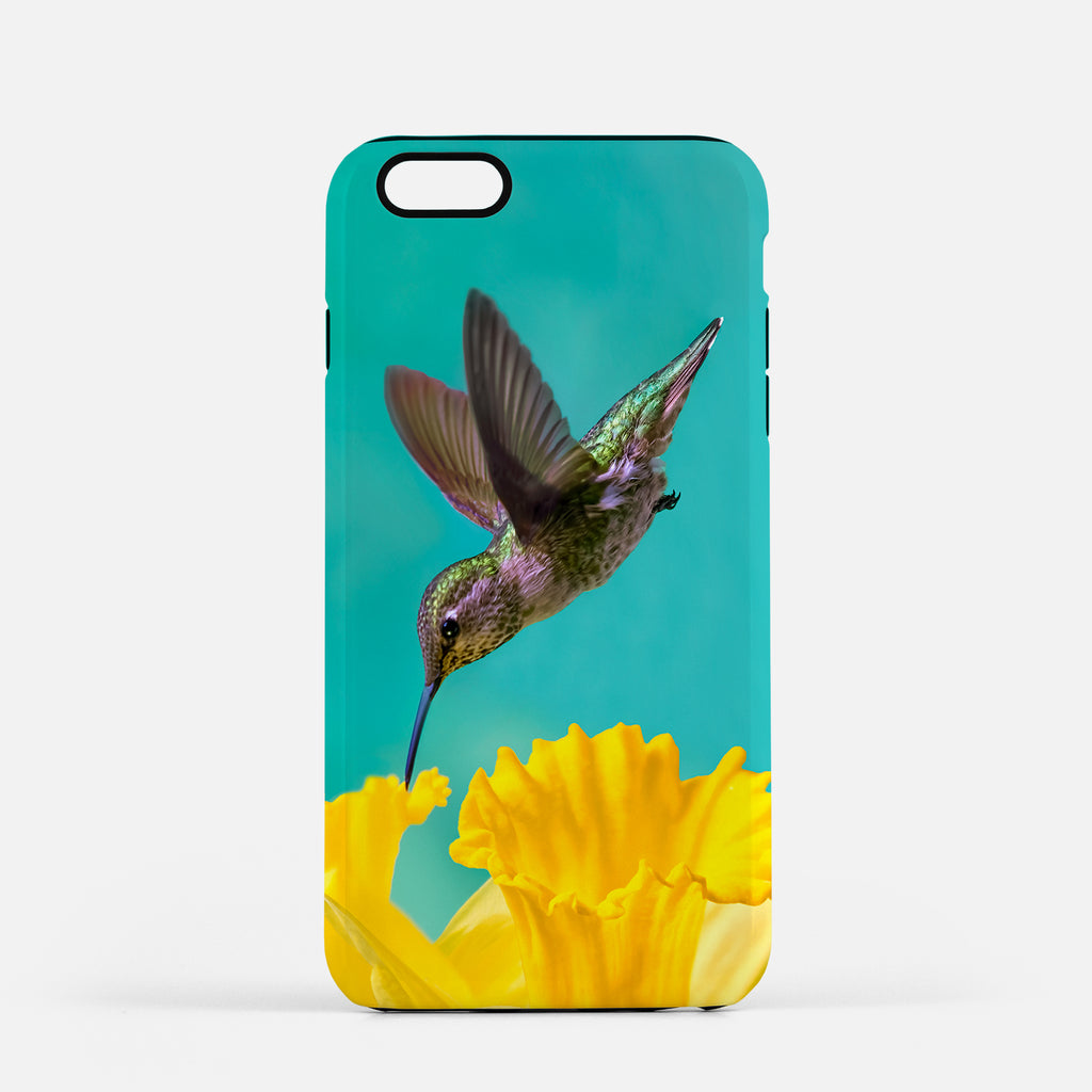 Daffodil photograph on an iPhone 8 Plus phone cover.