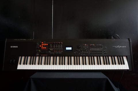 Yamaha S90XS 88 Key Professional Digital Piano Synthesiser