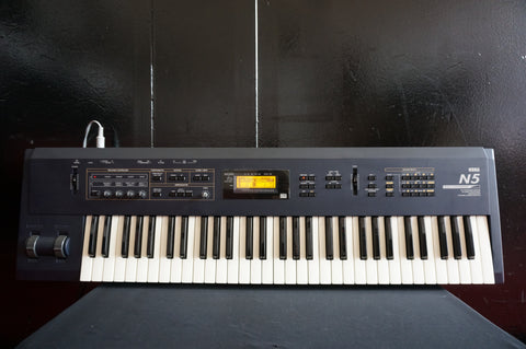 Korg N5 Digital Music Synthesiser House & Techno Synth 61 Key Synth W/ Effects
