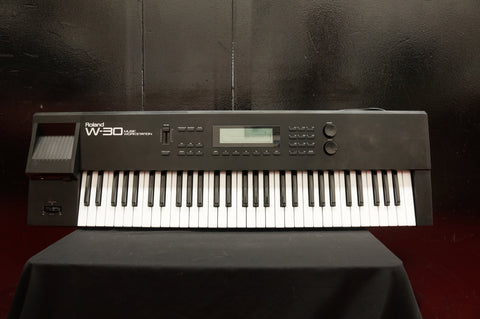 Roland W-30 Music Workstation Sampler Sequencer Synthesiser Keyboard - 100v