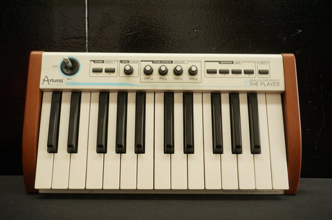 Arturia The Player Analog Experience 25 Key Universal MIDI Keyboard Controller