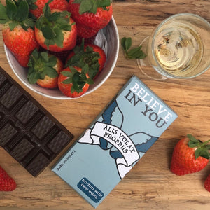 She Flies With Her Own Wings - Latin Motto - Dark Chocolate Bar