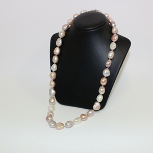 Pink Pearl Necklace - Broadfield Flowers Florist Lincoln, Christchurch