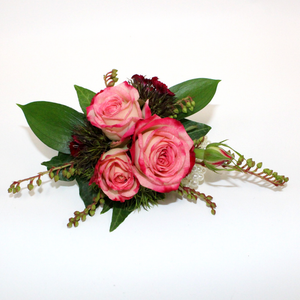 Classic Wrist Corsage - Broadfield Flowers Florist Lincoln