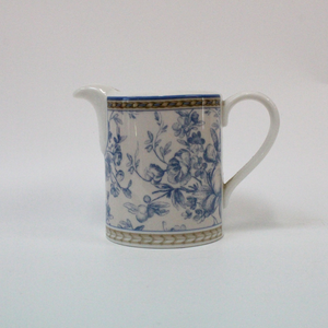 Royal Doulton Provence Bleu Cream Jug - Broadfield Flowers Florist Lincoln, Christchurch