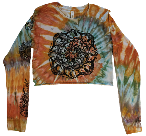 Mandala Woodcut Long Sleeve Crop Top - Small