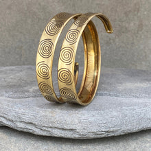 Load image into Gallery viewer, Wrapped Arm Bracelet Spiral ☆Brass☆