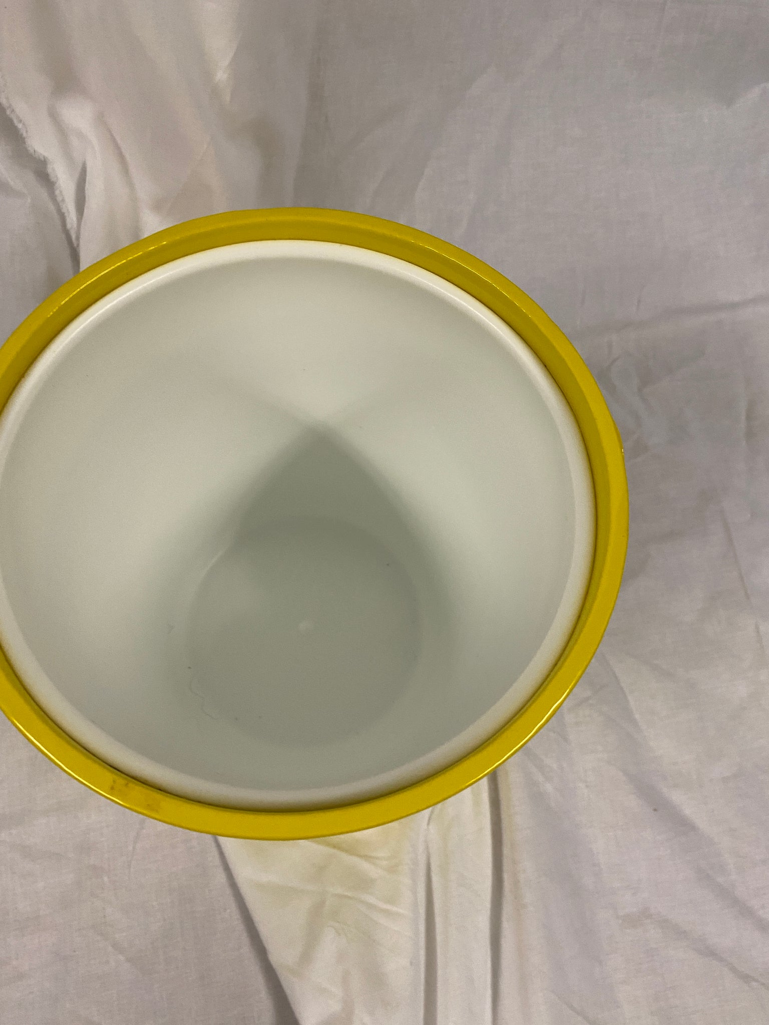1970s Long Yellow Ice Bucket
