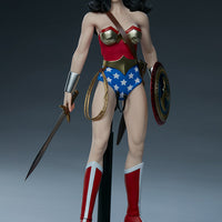 Sideshow Wonder Woman Sixth Scale Figure