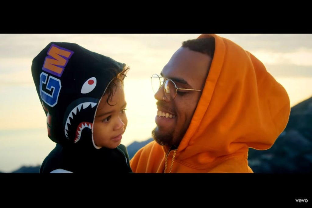 "Chris Brown ""Little More (Royalty)"" / Youtube"