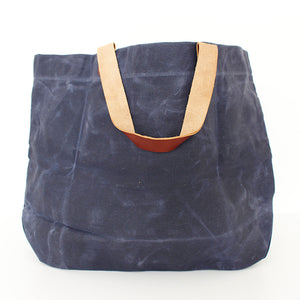 The 'Matilda' tote - Navy