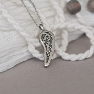 ✦Austaras✦ Angel Wing Perfume Necklace by Austaras - Aromatherapy Essential Oil Diffuser Pendant