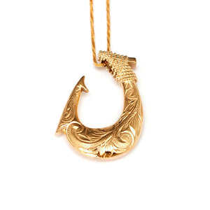 Māikaʻi Fish Hook Necklace