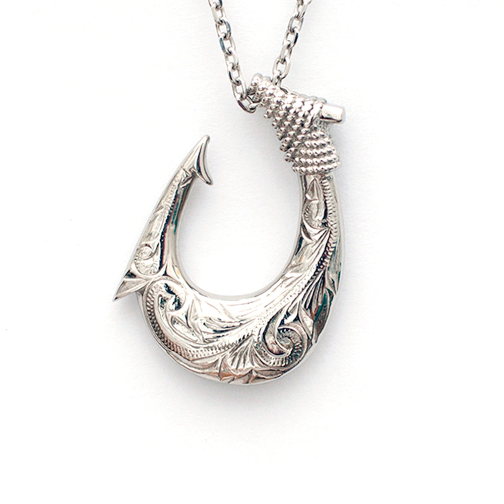 Māori Fish Hook Necklace