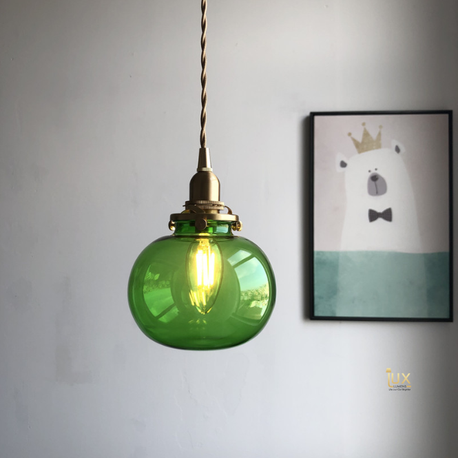 Modern/Vintage Glassware Pendant Lights, Clear Glass, Clean Finishes and Modern Design Looks, compatible with LED Light Bulbs from Lux-Lumens, Singapore's Fully-Online Lighting Retail for BTO, Resale, EC, Condo, Landed, Restaurants, Cafes, Hotels & Retail Shops. Free-Delivery, No Minimum Purchase in Singapore!