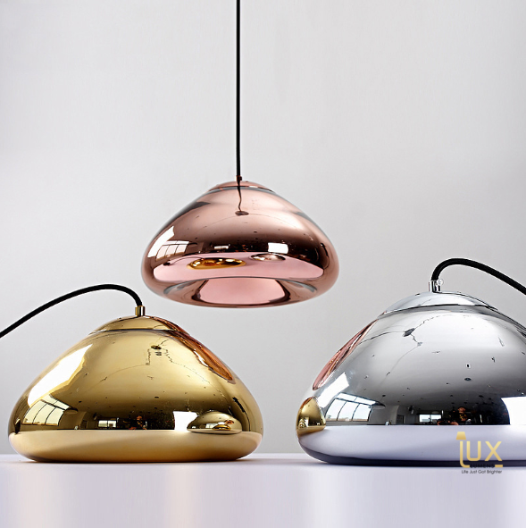 Singapore's Fully-Online Lighting Retail - Modern Rose Gold Pendant Lights, LED Ceiling Lights & Wall Lamps. Modern meets Luxury with the Chrome-Plated Round Pendant Light. Instant utility savings of up to 40% by fitting the lamp with LED Bulbs. Free Island-wide Delivery - No Minimum Purchase for all BTO, Resale, EC, Condo, Restaurants, Cafes & Hotel.