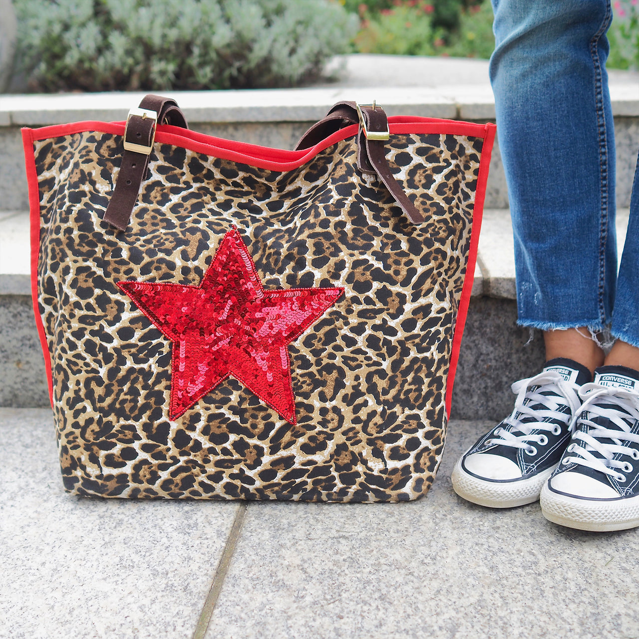 The Moggy Bag – Leopard Print with STAR