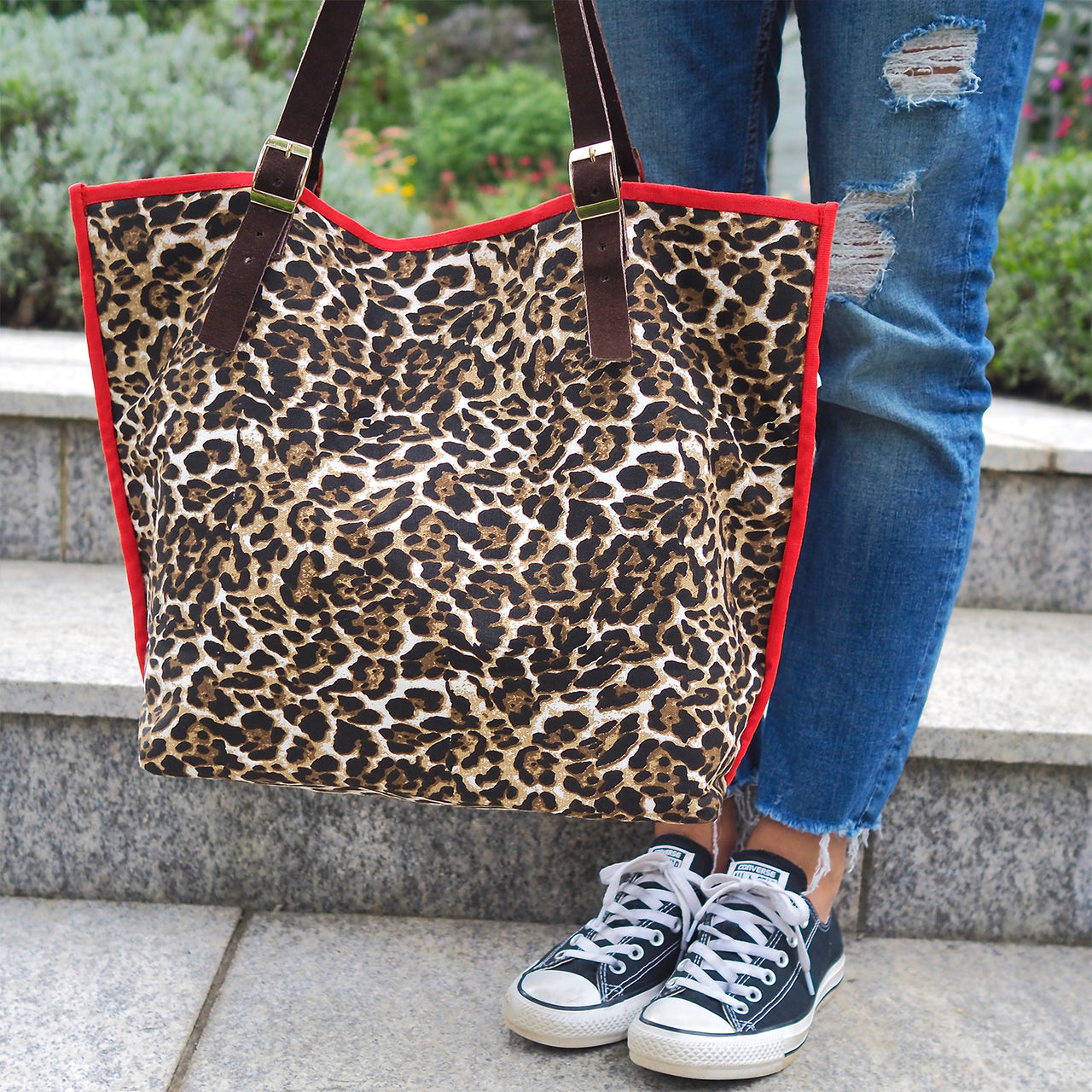 The Moggy Bag – Leopard Print