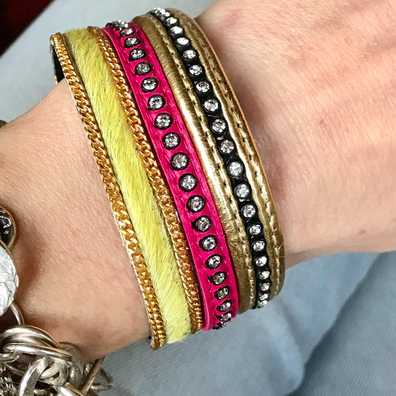 SUNDANCE - Gold, Pink & Yellow Plain Cuff | Gift Pop Boutique