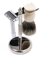 Men Need to Switch Over to Wet Shaving - Here's Why