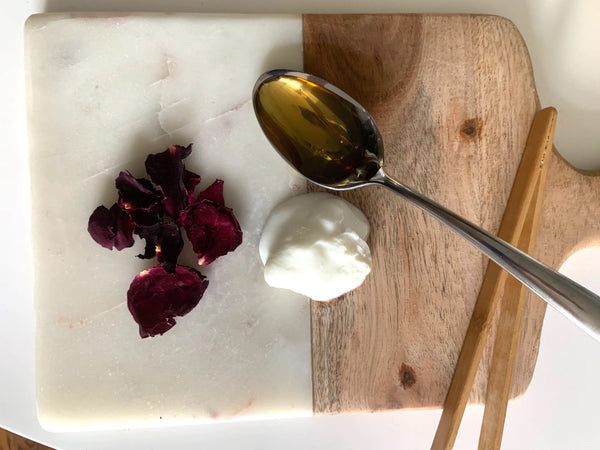 Rose Petal, Honey & Yogurt DIY Face Mask