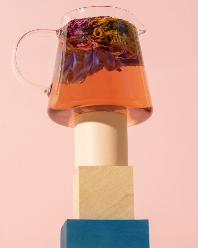 The Qi whole flower rose, chrysanthemum, lotus tea