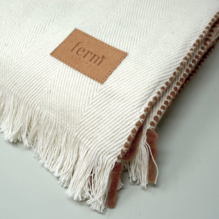 Herringbone blanket off white